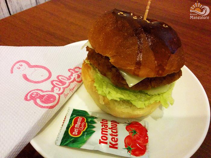 Burger - Belly's - Bon Appetit, Mangalore