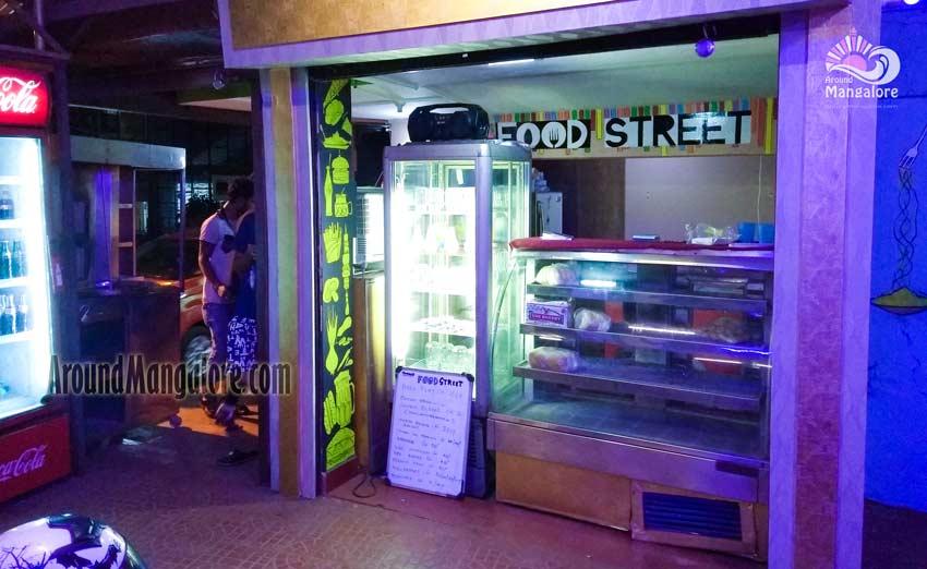 Food Street – Light House Hill Rd