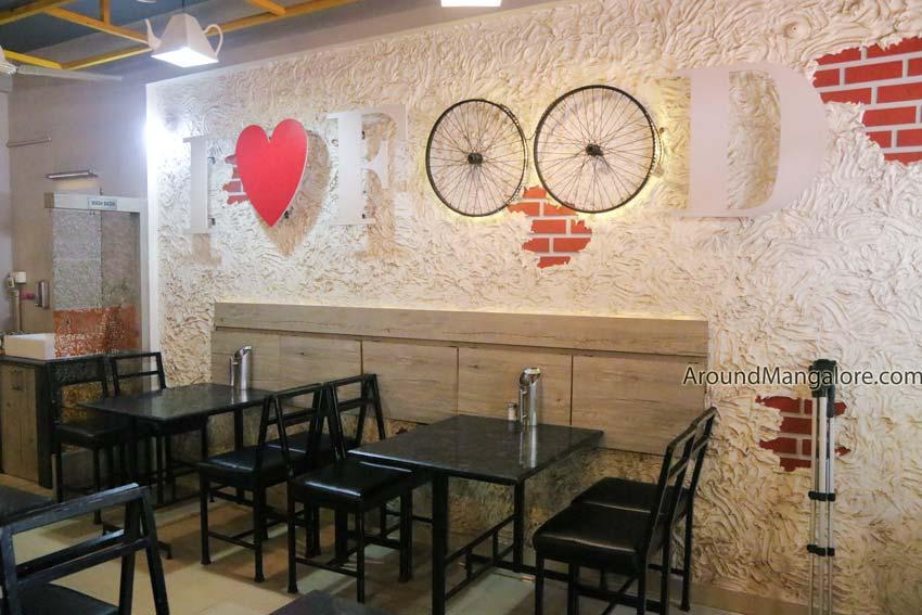 Hotte Thumba – Pure Veg Restaurant – Udupi