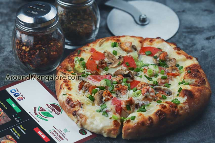 Hotknot Pizza – Attavar